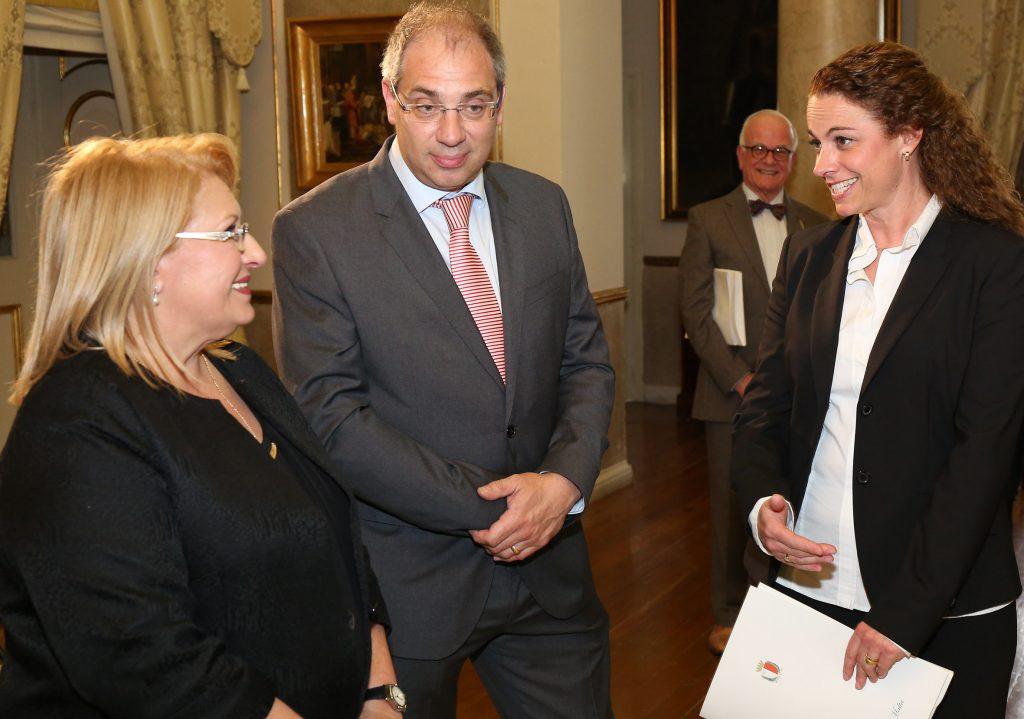 Zahnarzt Heinsberg - Empfang bei Marie Louise Coleiro Preca
